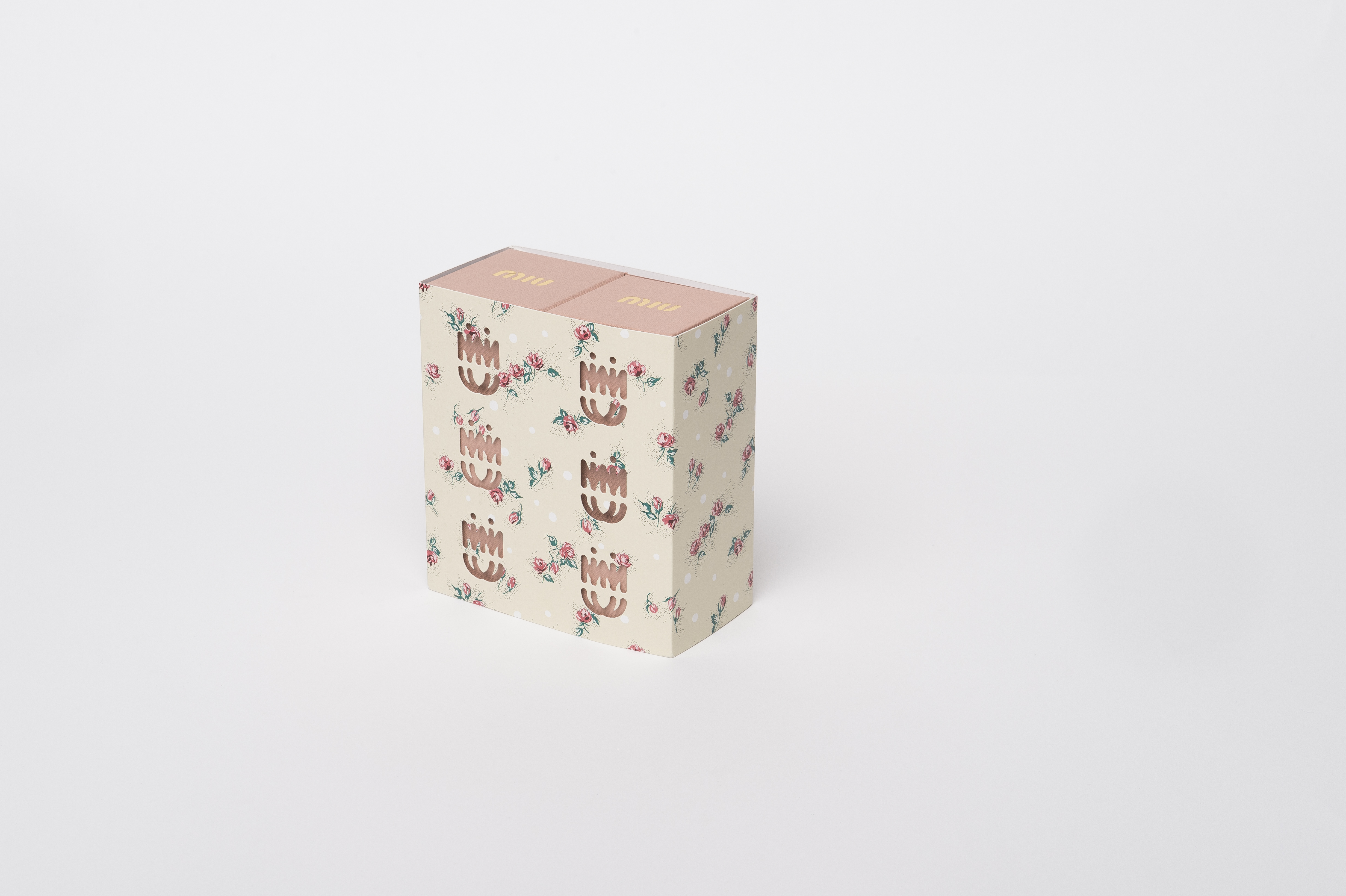 scatola che ruota Miu Miu
