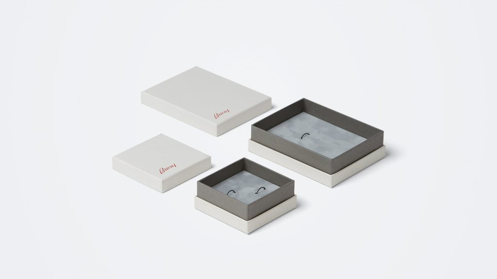 scatola luxury personalizzata per i gioielli Brioni